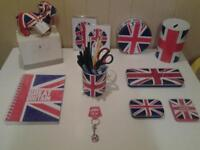 """""""UNION JACK"""" DESK ACCESSORIES AND MORE .. MOST NEW"""