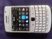 Blackberry Bold Boxed As New (White).