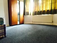 Double Room Available Now for rent at Wilsdwn Avenue