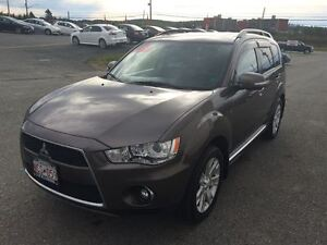 2011 Mitsubishi Outlander XLS, LEATHER, SUNROOF, GREAT FAMILY UN