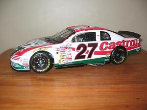 2000 Chevrolet Monte Carlo SS #27 Castrol : Casey Atwood