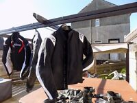 ALPINESTARS VARIOUS , TEXTILES , LEATHERS, BOOTS, GLOVES , WOULD SPLIT