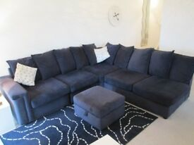 DFS 5 SEATER CORNER UNIT + FOOTSTOOL