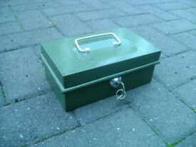 VINTAGE HELIX LOCKABLE METAL CASH BOX SECURITY TIN
