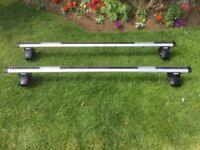Thule Aluminium Roof Bars with Thule 754 Footpack