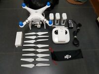 DJI Phantom 3 Advanced + 2 extra batteries + bag