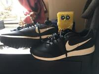 Brand new unworn size 8 Nike trainers