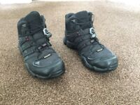 Adidas Swift R Gore Tex Mid boots