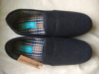 Mens Response Black Ultra Light Slippers