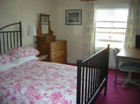 Large room to rent in house in Leominster