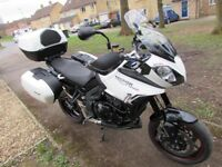 Triumph Tiger 1050 Sport. Full genuine Triumph colour coded luggage. 1st to view will buy.