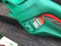 Black & Decker hedge trimmer excellent condition