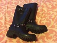 Size 5 Wellies (Boot Design)