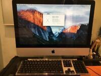 """iMac 21.5"""" Late 2009 - 3.06GHz Intel Core 2 Duo c/w Apple Pro Keyboard"""