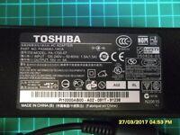 TOSHIBA AC ADAPTER (PA3469U-1ACA MODEL PA-1750-07) + FIGURE 8 POWER CABLE