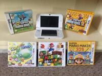 New Nintendo 3DS Bundle + R4 Cart + Carry Case