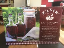 Kilner 8 Piece Sloe Gin Gift Set (and frozen sloes if wanted)