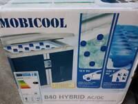 Mobicool B40 hybrid Fridge