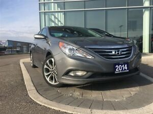 2014 Hyundai Sonata dual climate, heated seats, low kms, back up