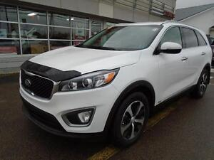 2016 Kia Sorento LX+ AWD RATES AS LOW AS 0% $176* Bi-weekly Paym