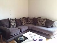 CORNER SOFA FOR SALE £250 ALSO COMES WITH STOOL