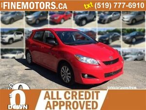 2010 TOYOTA MATRIX HATCHBACK * SUPER LOW KM * CAR LOANS FOR ALL