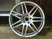 genuine audi rs4 rs6 s-line alloy wheel,19 inch,fully refurbished,as new.