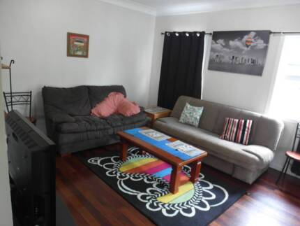 Good location cleanhouse NEG $200 inc. all bills + unlimited wifi West End Brisbane South West Preview