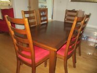 Multiyork extending dining table and 6 chairs