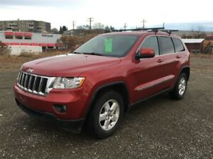 2011 Jeep Grand Cherokee Laredo  4X4-AMAZING! BLACK FRIDAY SALE