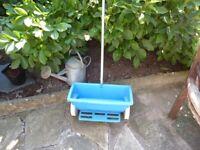Bio lawn seed/feed spreader