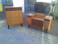 TWO PIECE CHESTER DRAWER AND DRESSING TABLE WITH MIRROR RETRO VINTAGE DESIGN