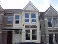 Single room in a airy town house in Peverell