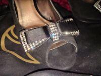 Beautiful ladies designer size 7 diamante heels