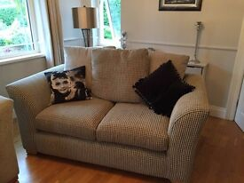 3-2-1 Suite Furniture for sale in very good condition
