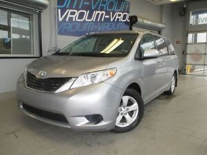 2011 Toyota Sienna LE/ 7-Pass
