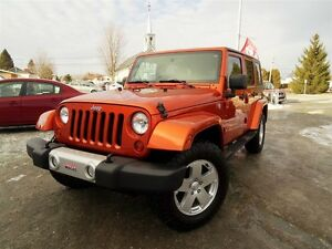 2010 Jeep WRANGLER UNLIMITED SAHARA + 2 TOITS + PAS ACCIDENT + B