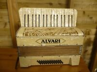 Alvari Piano Accordion