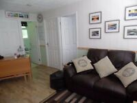 2 bed Holiday Chalet sleeps 5 in Bude cornwall/devon border,allows dogs- sept oct dates