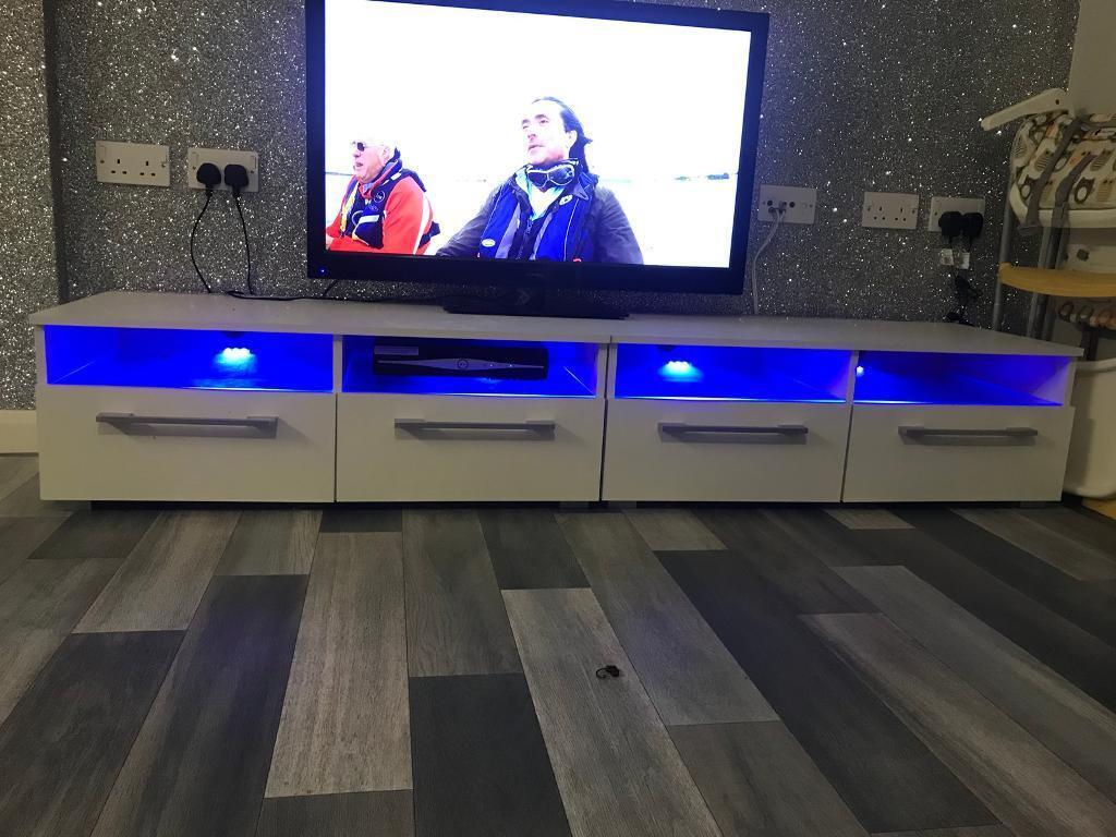 Modern TV Unit white