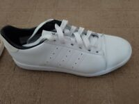 NEW ADIDAS ADICROS SPIKELESS GOLF SHOES SIZE 8