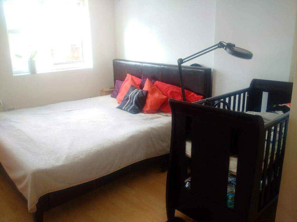 Large, sunny Studio flat 2./3.zone North West London ALL BILLS INCLUDED