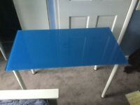 Glass desk in Blue - perfect for kids room