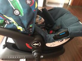 Cosatto car seat with isofix base