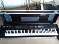 Roland RD700NX & Flight case + +