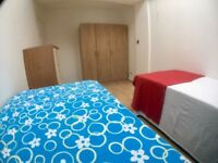 Lovely BED IN A DOUBLE SHARE ROOM in BAYSWATER AVAILABLE NOW!!