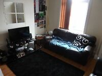 Excellent 4 Bedroom Student House To Rent Royal Park Road