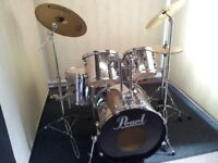 Pearl Export Series 5 piece all chrome finish drum kit with a choice of cymbals.