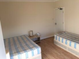 2 Weeks Deposit. Huge Twin room in Harrow, Rayners Lane Tube. Piccadilly and Metro Line.All included