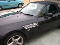 BMW Z3 1.9 Black with blue leather interior